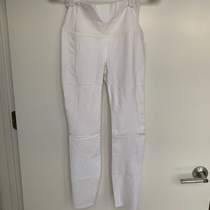 Lululemon Anew Tight White Size 4
